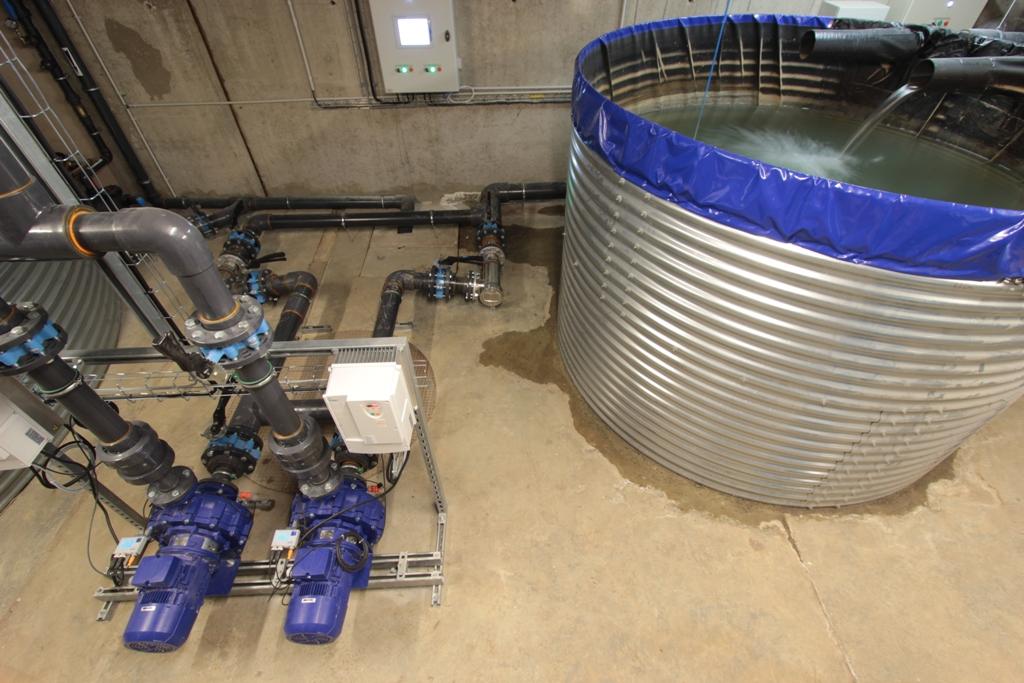 L'installation en photo 2/2 – le bac de récupération des eaux grises